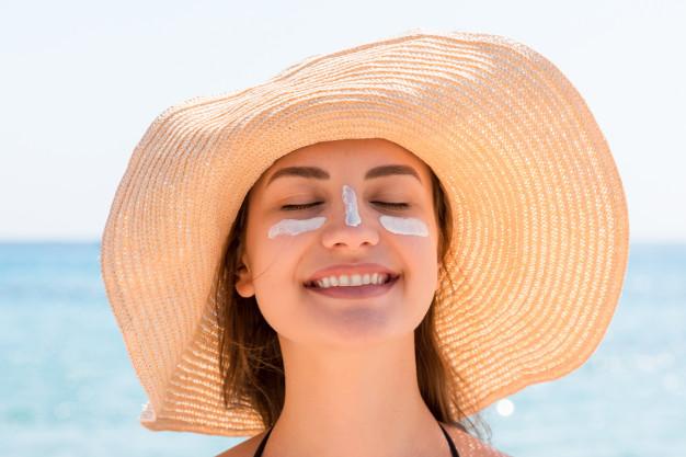 استخدام الواقي الشمسي إلزامي في الصيف