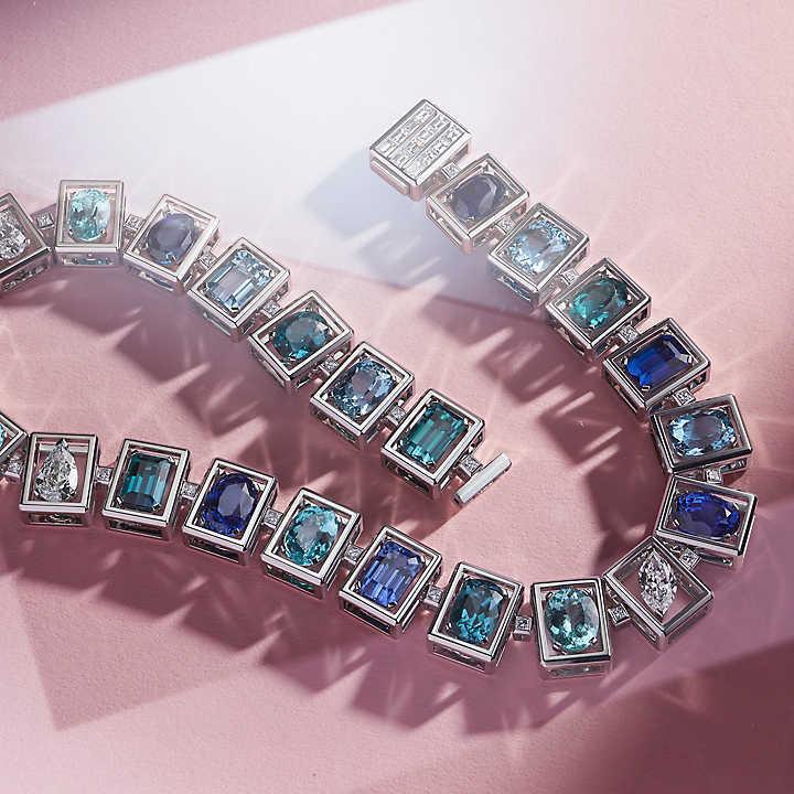 قلادة بحجر الأكوامارين من تيفاني أند كو Tiffany & Co
