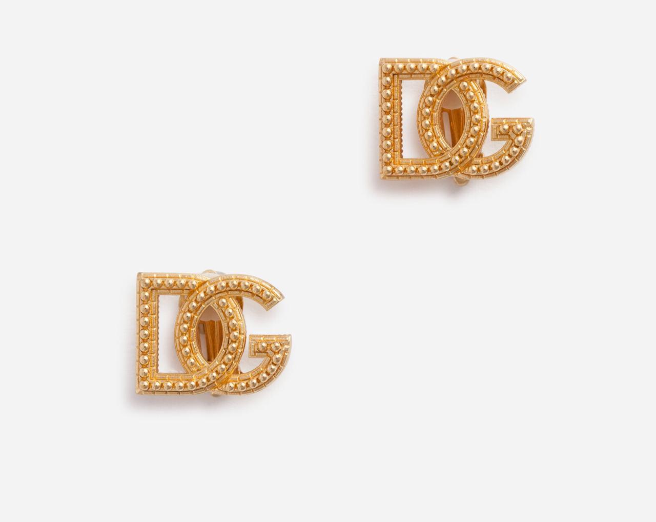 أقراط ذهبية من دولتشي آند غابانا Dolce & Gabbana