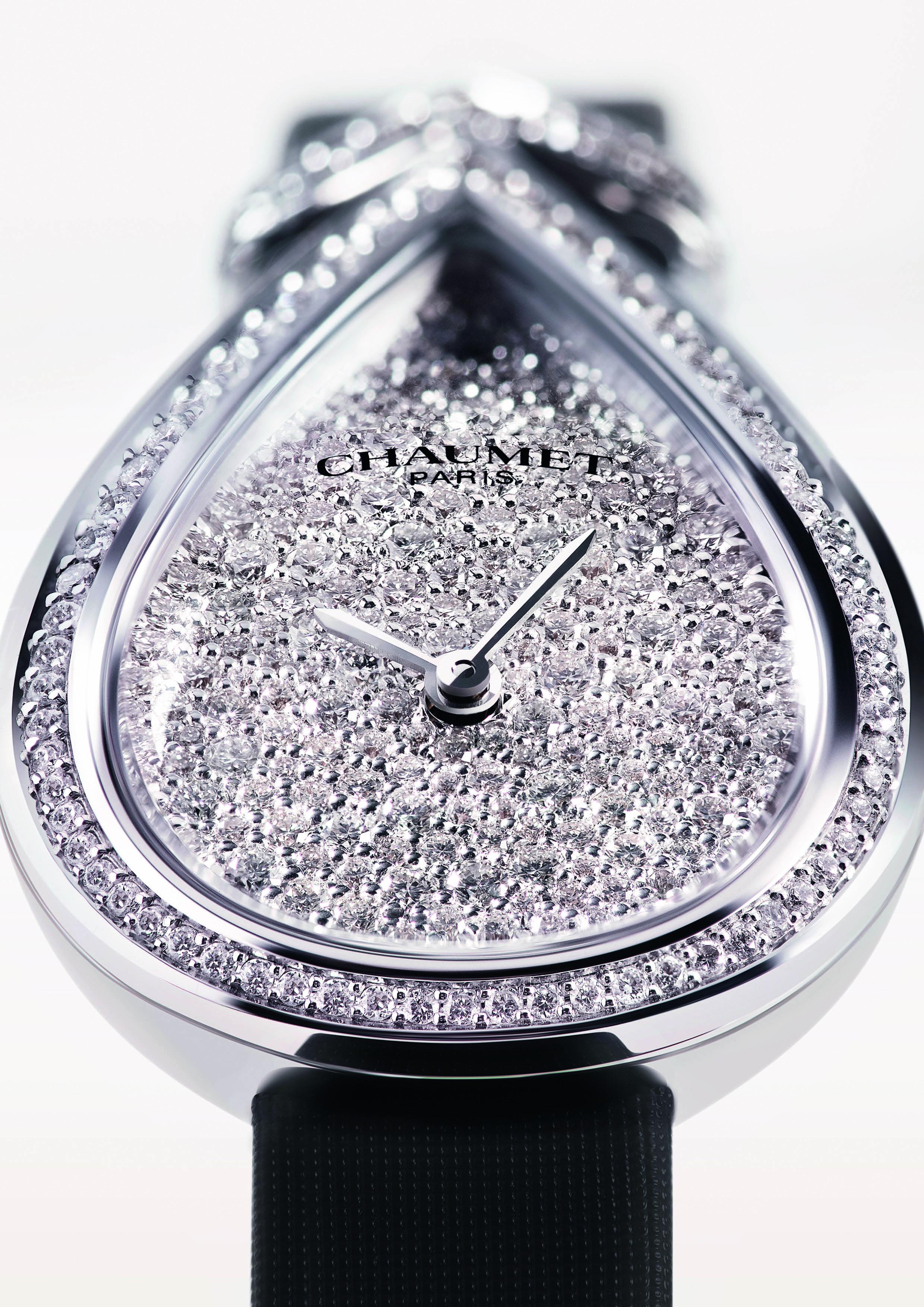 ساعة جوزفين من شوميه Chaumet