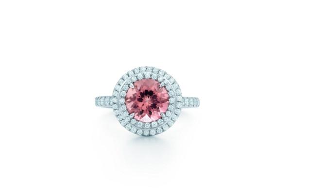 خاتم من التورمالين الوردي والألماس من تيفاني أند كو Tiffany&Co