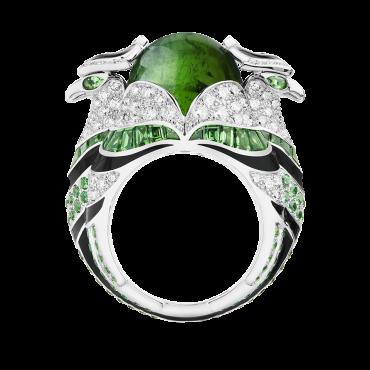 خاتم من التورمالين والألماس من Boucheron