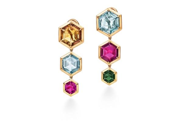 أقراط من الذهب والتورمالين من تيفاني أند كو Tiffany&Co.