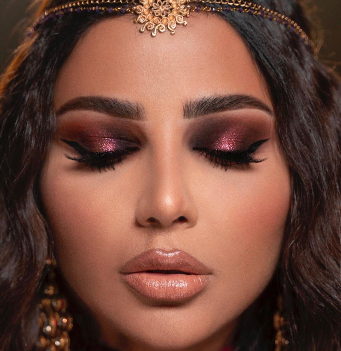 3 مهيرة عبدالعزيز بالمكياج الغجري -الصورة من حسابها على الانستغرام.jpg