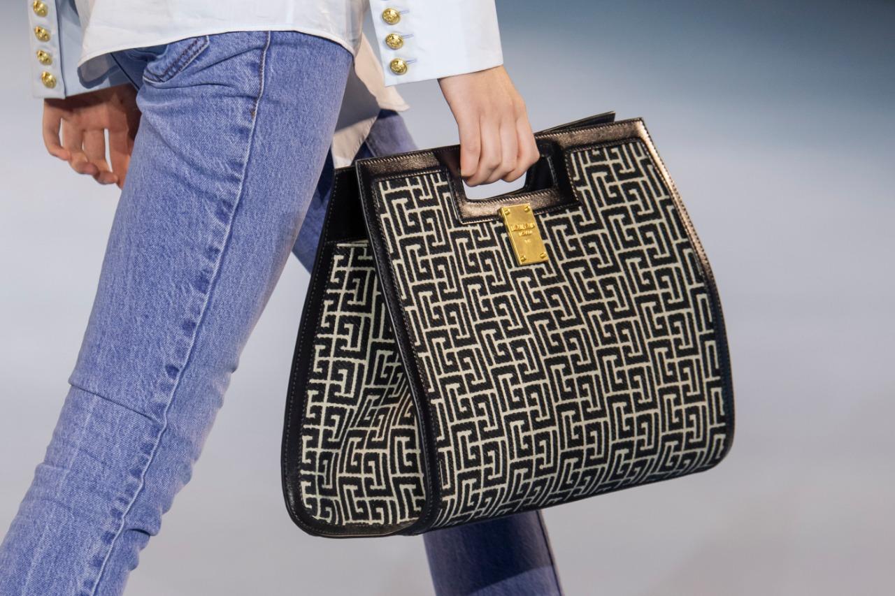 Balmain حقيبة من دار بالمان