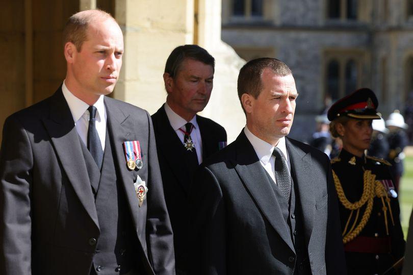 بيتر فيليبس بجوار الأمير ويليام- الصورة من موقع birminghammail