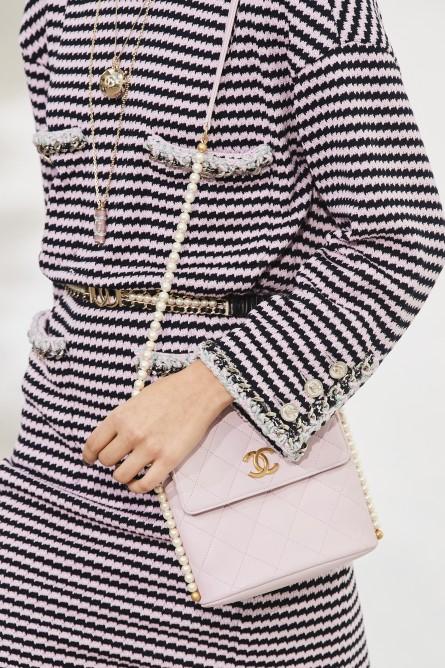 Chanel   شانيل