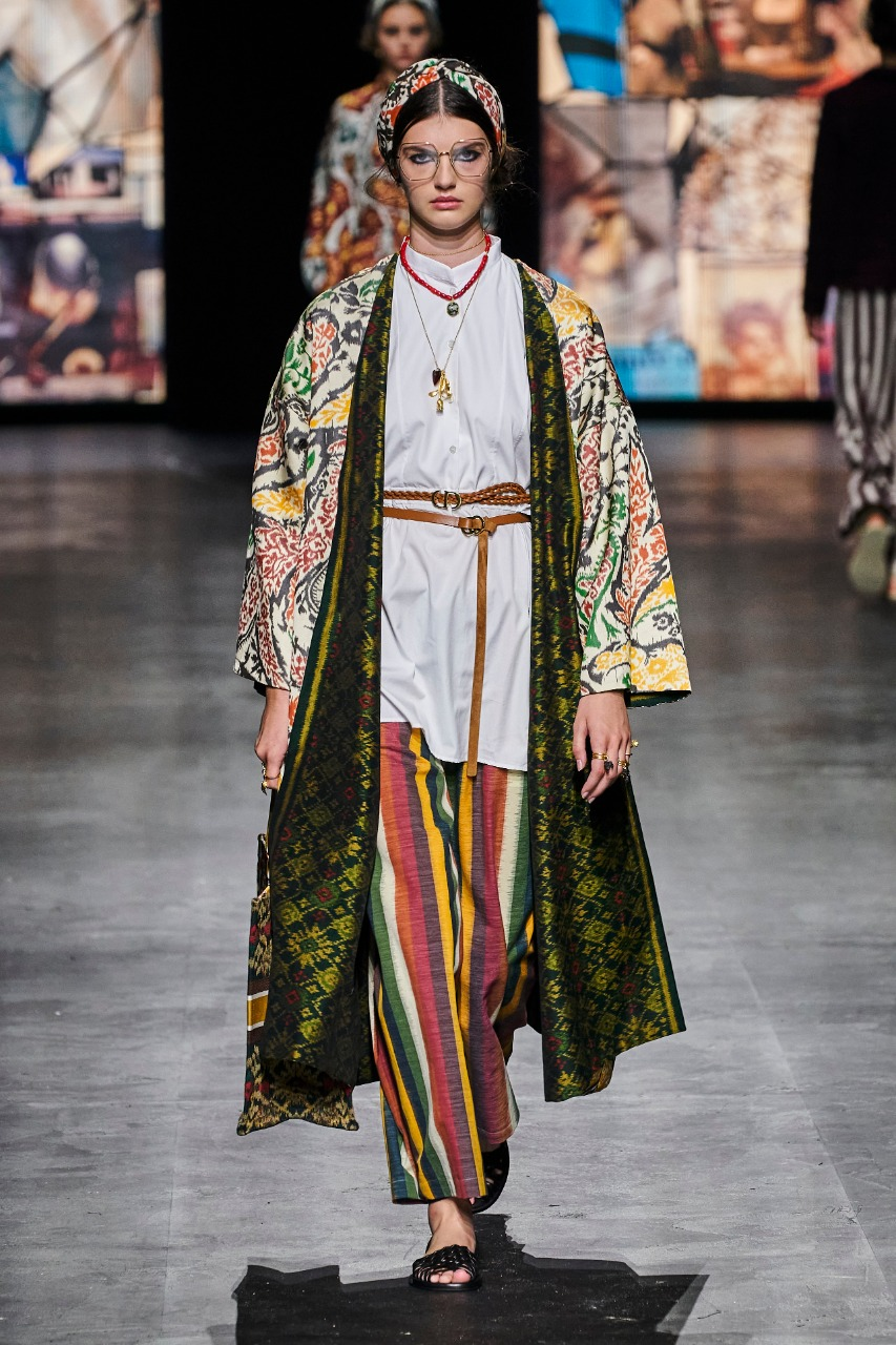 Dior معطف من التراث العربي من ديور