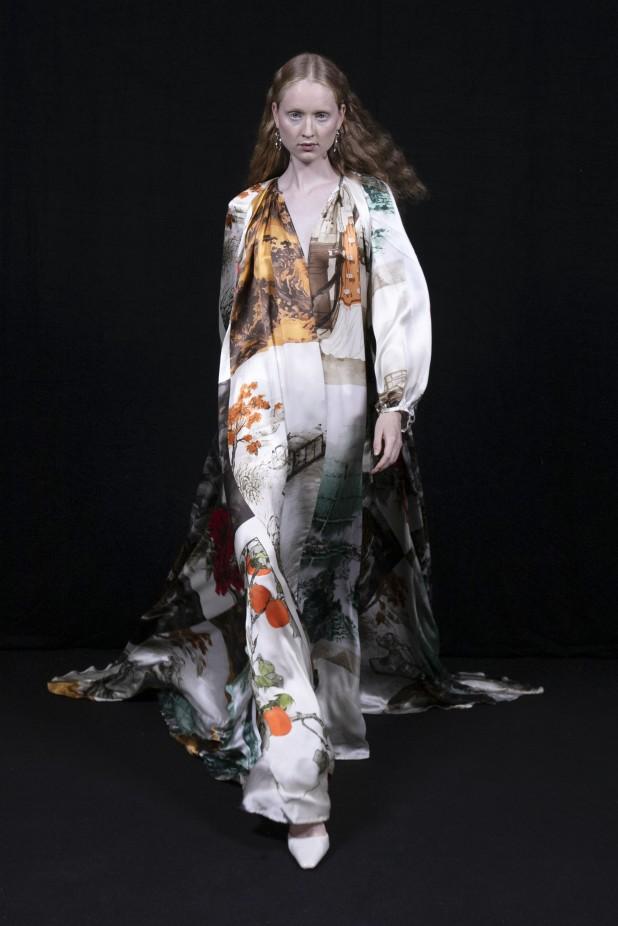 فستان طويل مطبع بالأزهار من Act N 1-صورة 4