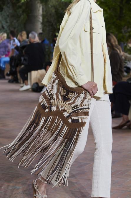 حقيبة كروس بودي من ألبرتا فيريتي  Alberta Ferretti