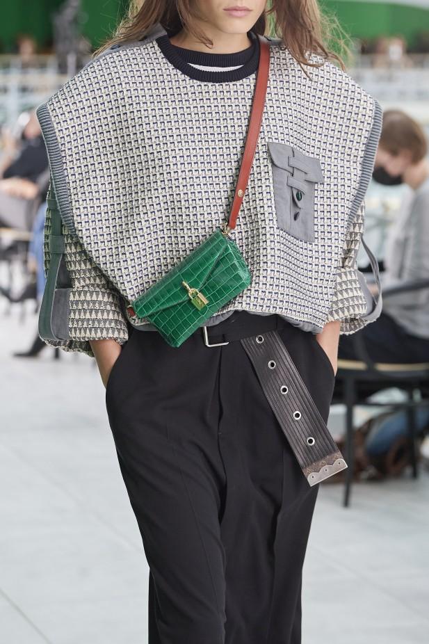 حقيبة كروس بودي من لويس فويتون  Louis Vuitton