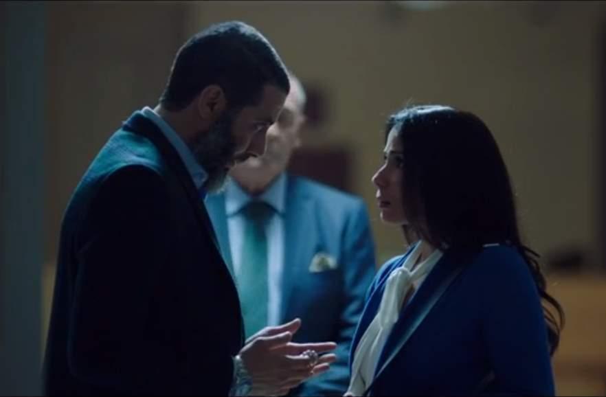محمد فراج مع منى زمي في لعبة نيوتن
