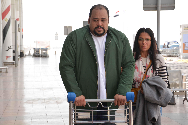 منى زكي ومحمد ممدوح في مسلسل لعبة نيوتن
