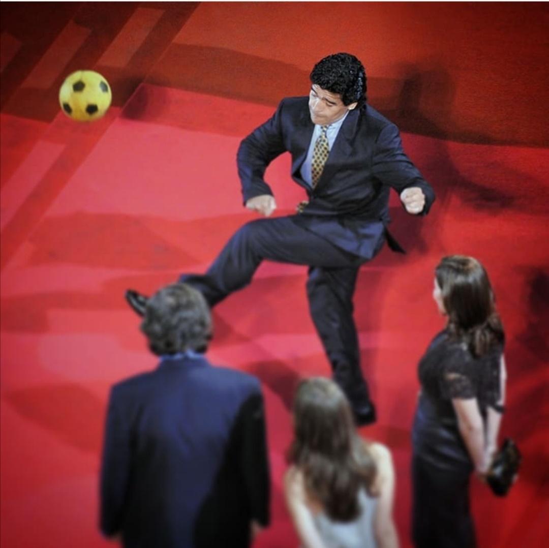 نجم كرة القدم مارادونا في مهرجان كان- الصورة من حساب مهرجان كان على إنستغرام
