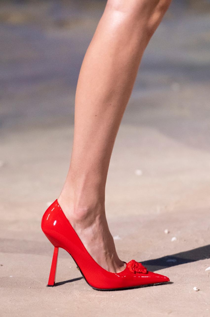 حذاء بكعب عالٍ من فيرساتشي Versace