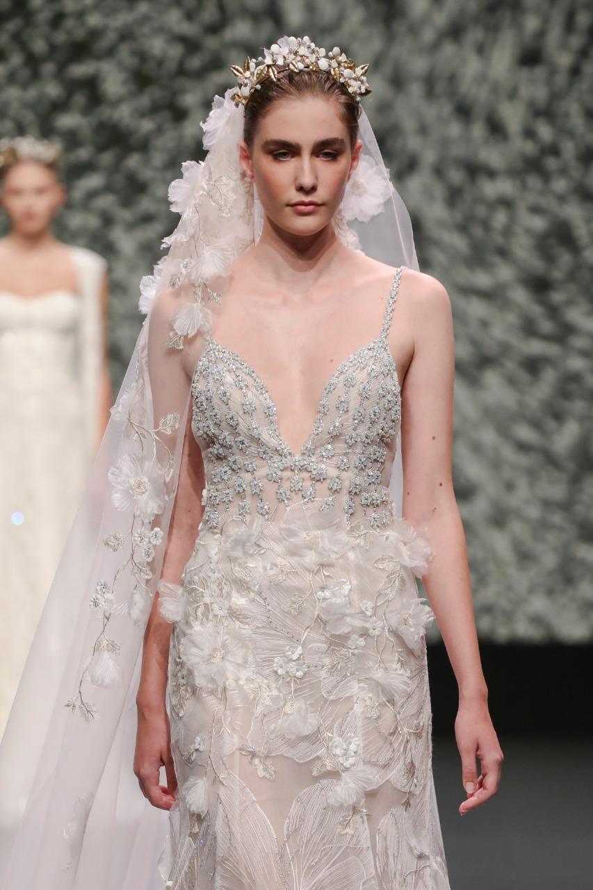 Vestal صورة ١ طرحة زفاف طويلة من