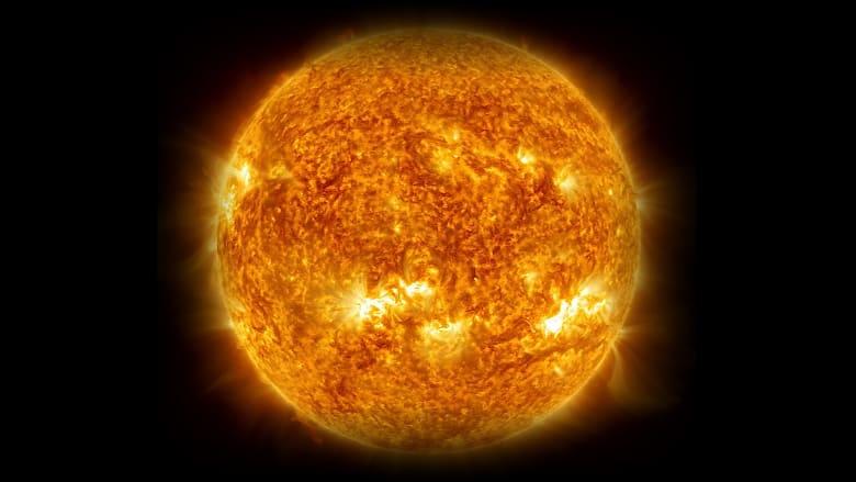الشمس من الفضاء- تعبيرية