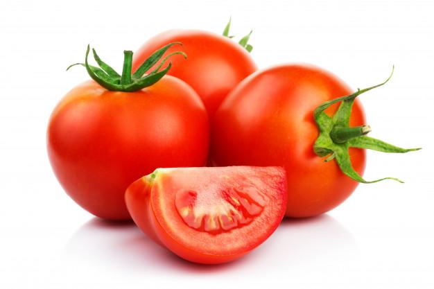 الطماطم لتعزيز نمو الشعر
