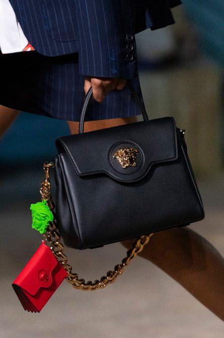 حقيبة كلاسيكية من فيرساتشي Versace