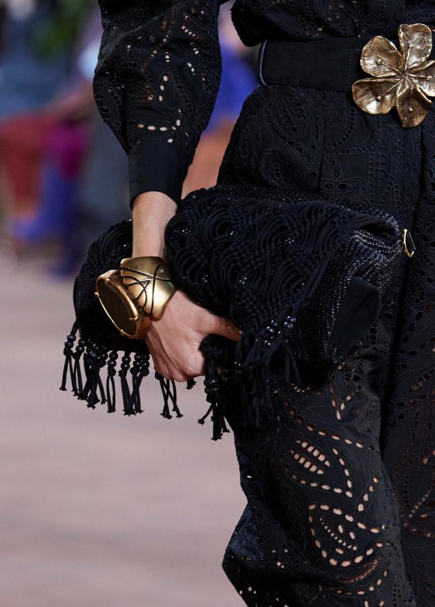حقيبة كتف قماشية من ألبرتا فيريتي Alberta ferretti