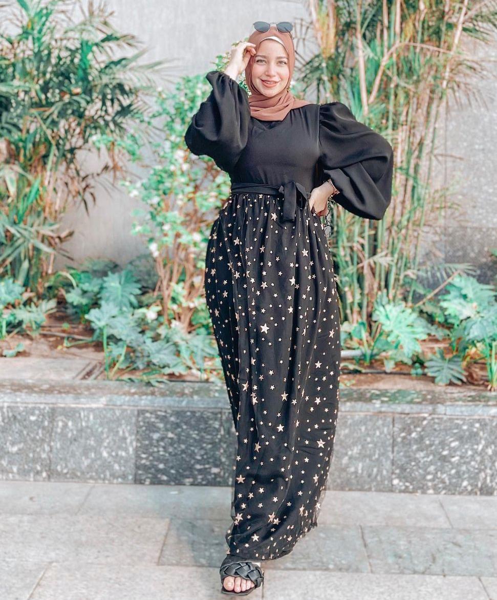 مريم سيف بإطلالة باللون الأسود -الصورة من حسابها على الانستغرام