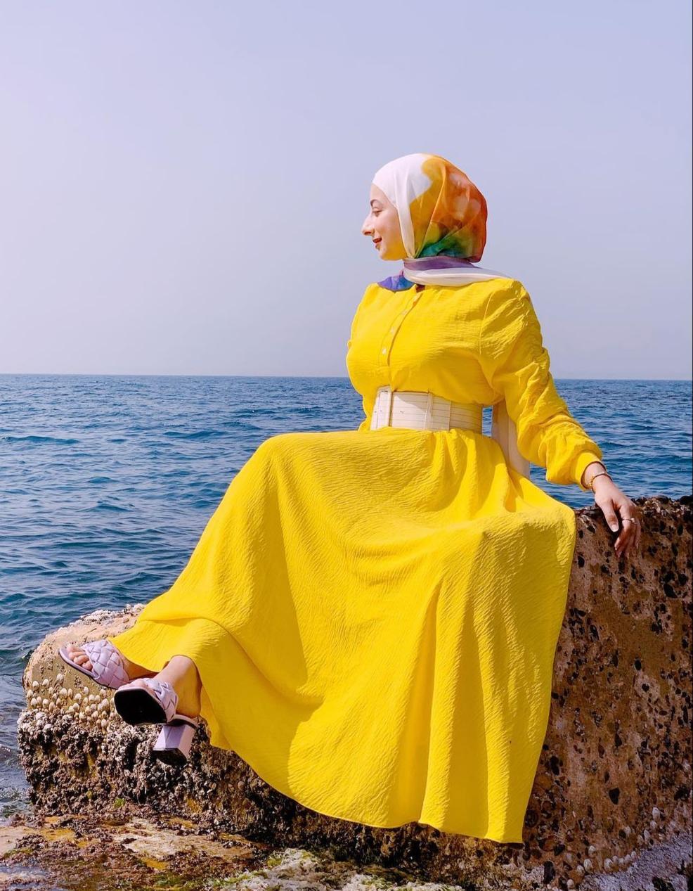 هدير موسى بالفستان الأصفر -الصورة من حسابها على الانستغرام