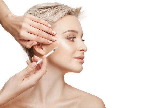 علاج ترهُّل الوجه بحقن الفيلر