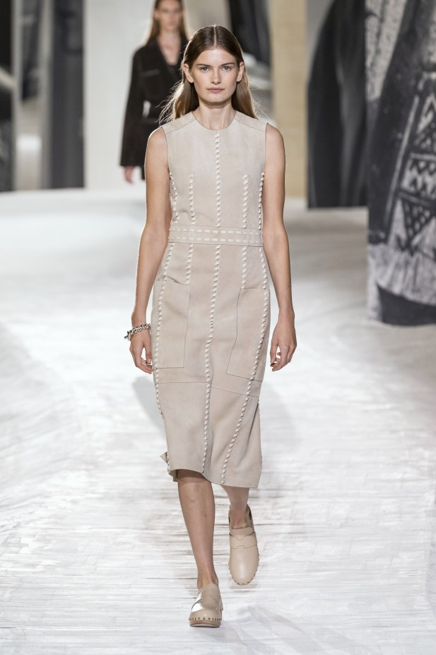 فستان نيود من هيرمس Hermes