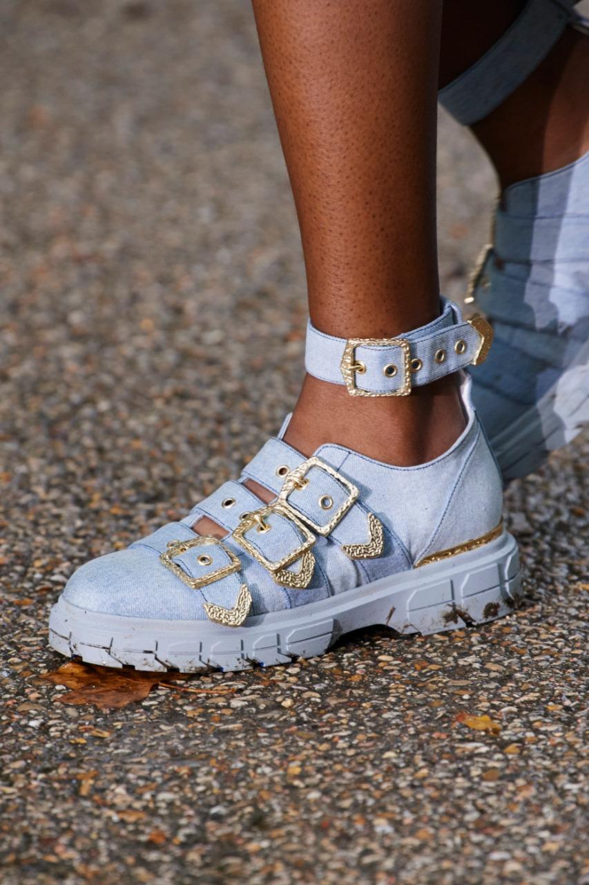 الحذاء من koché