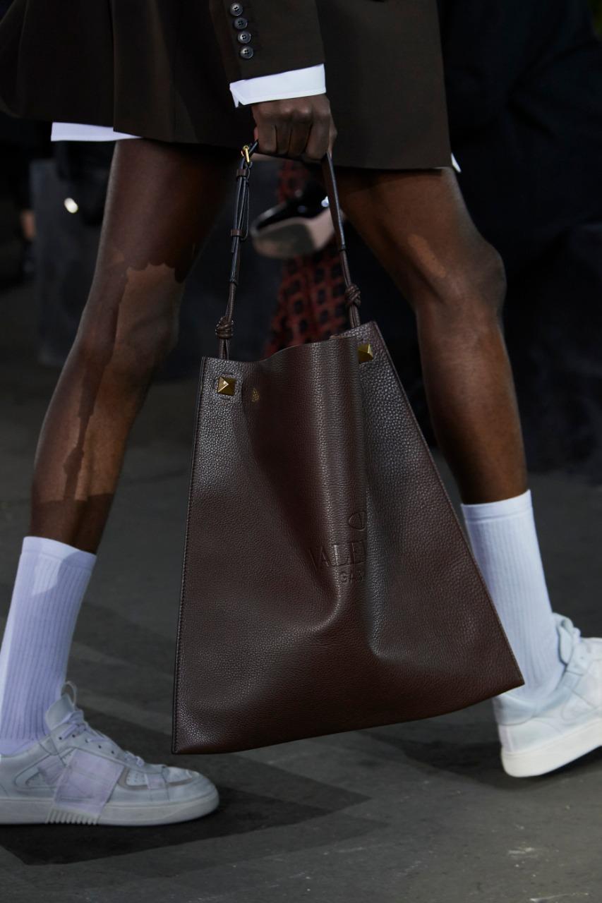 حقيبة يد من فالنتينو Valentino