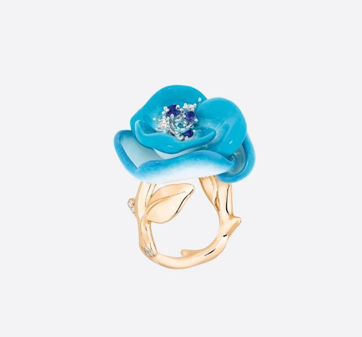 خاتم الوردة من علامة ديور «Dior»