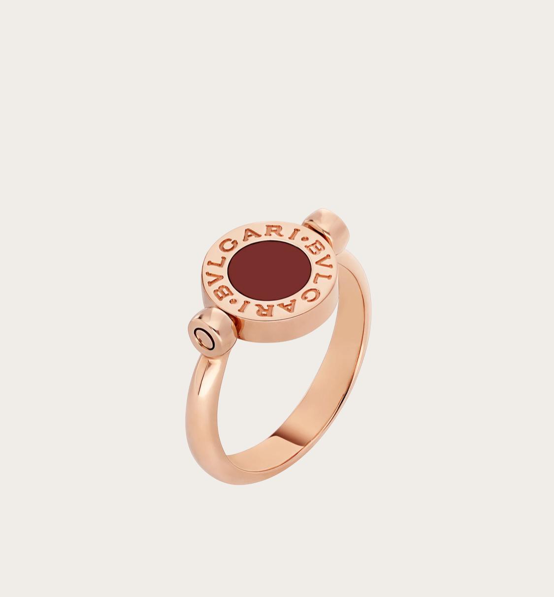 خاتم تقليدي من علامة بولغري Bvlgari