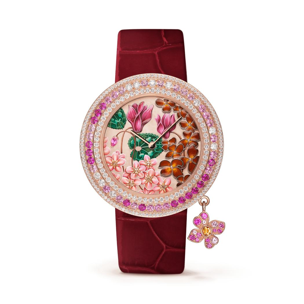 ساعة تشارمز إكسترا أوردينار أمور من فان كليف أند آربلز Van Cleef & Arpels
