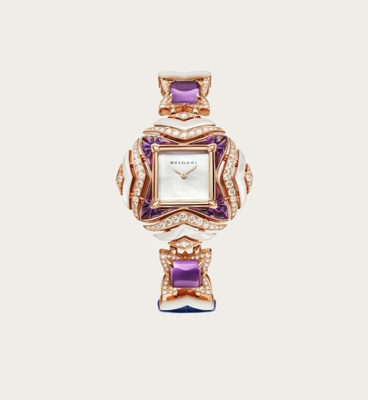 ساعة ملونة من بولغري Bvlgari