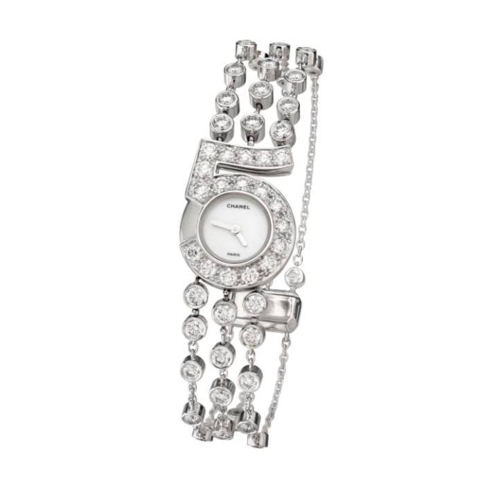 ساعة ألماس من شانيل Chanel