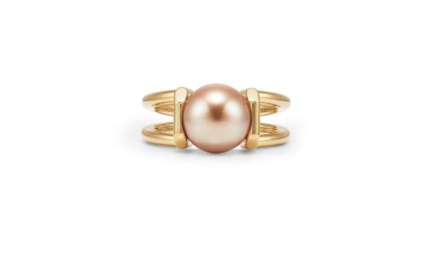 خاتم من اللؤلؤ من تيفاني أند كو Tiffany & Co