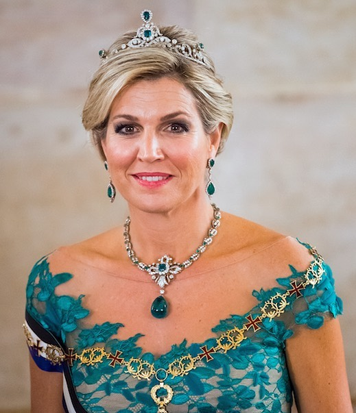 الملكة ماكسيما بتاج من الحجر الأخضر الملكي-الصورة من حساب انستقرام queen.maxima