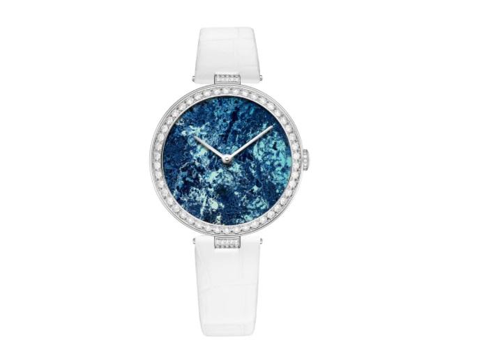 ساعة بيضاء من شوميه Chaumet