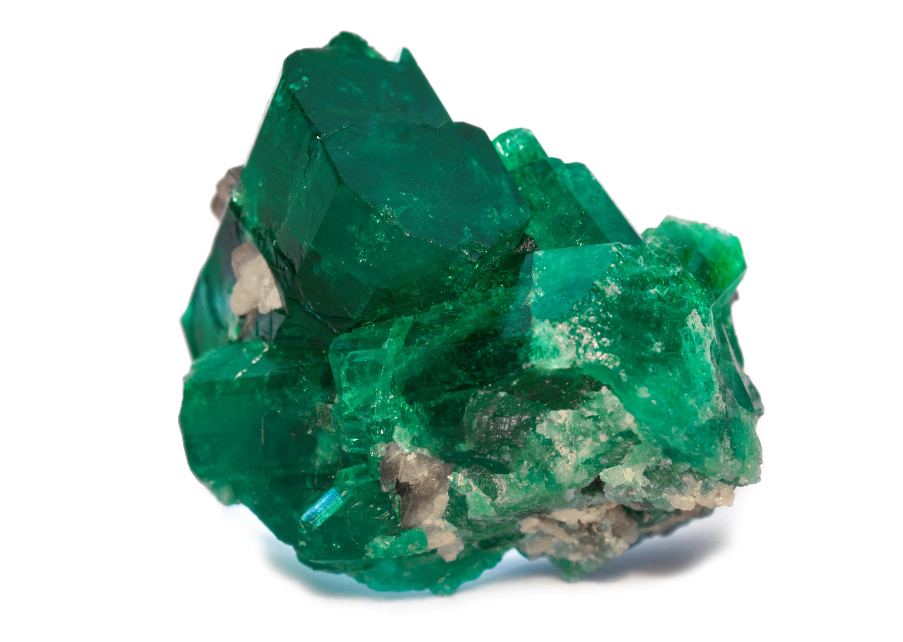 حجر الزمرد من أجمل الأحجار الكريمة