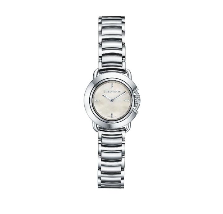 ساعة من ماركة تيفاني أند كو .Tiffany & Co