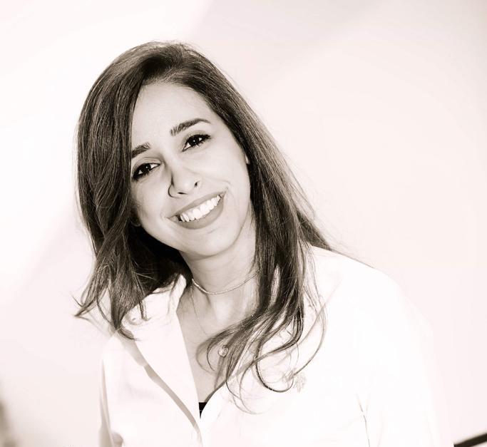 الدكتورة سينتيا الحاج