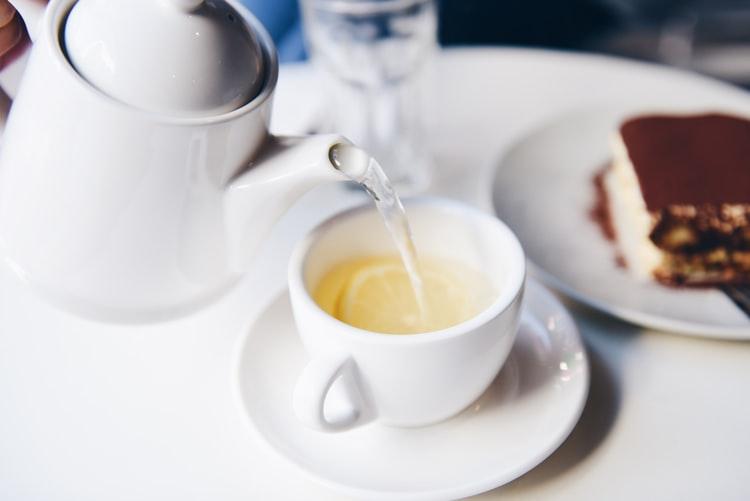شاي البابونج يقلل من حدة التوتر لديك