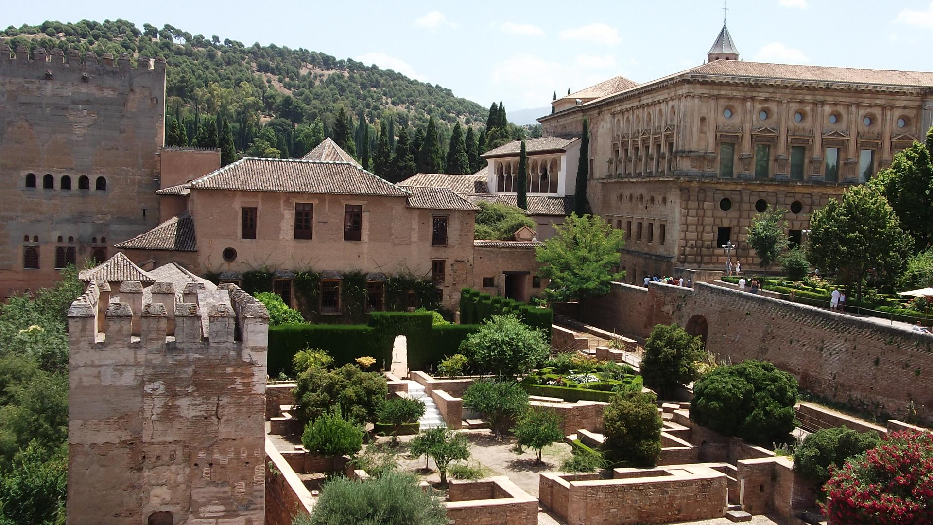 قصر الحمراء في إسبانيا