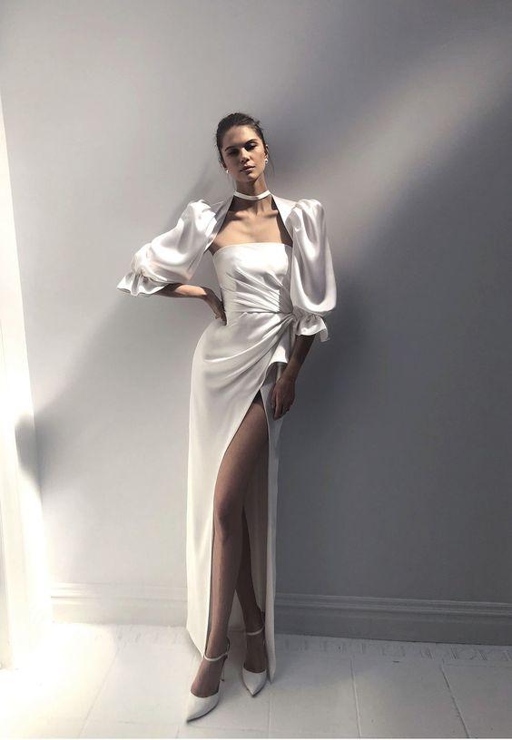 فستان خطوبة بأكمام منفوخة