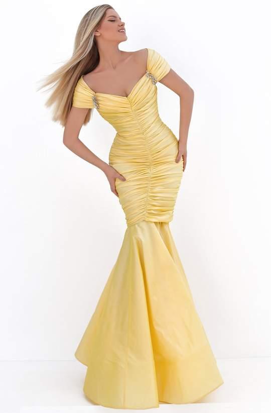 فستان تفته بتصميم حورية البحر
