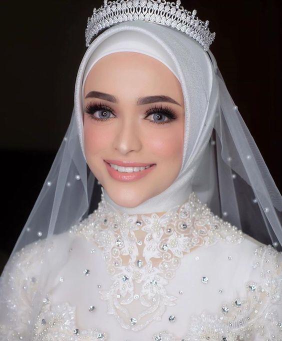 لفة الحجاب التركي