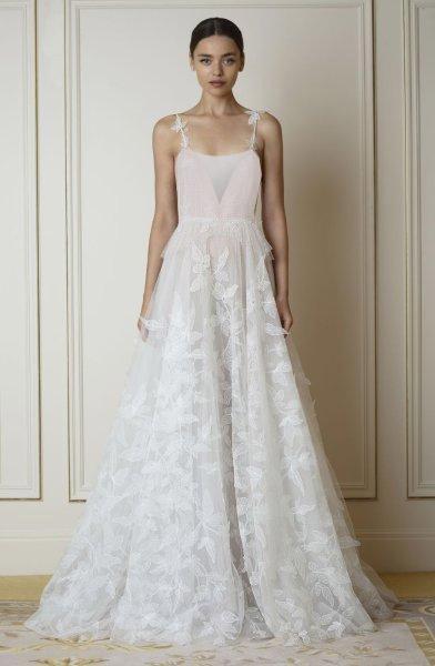 فستان زفاف لازارو Lazaro