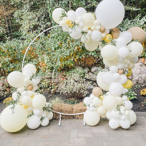 تزيين مداخل حفلات الزفاف بالبالونات