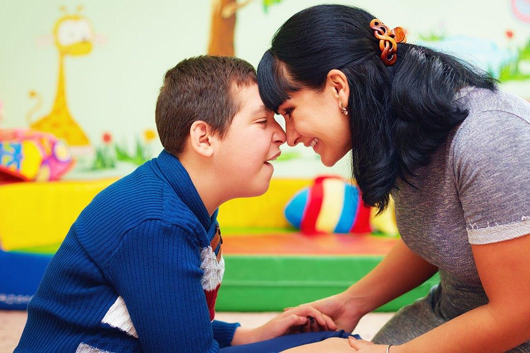 أطفال التوحد لا يشفون في العادة