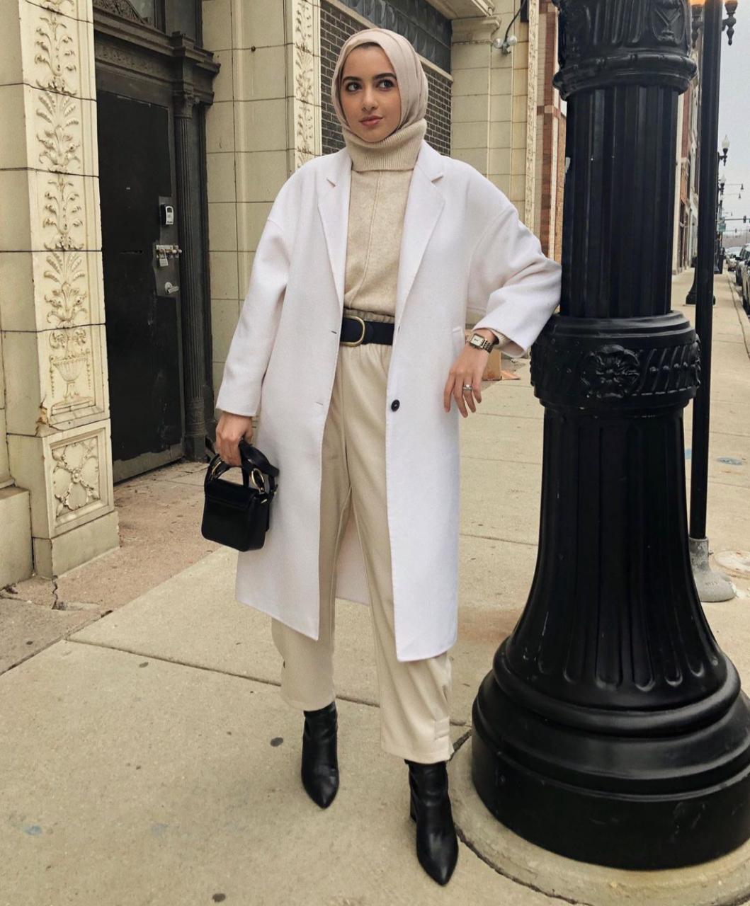 تنسيقات معطف الترنش من سمر البرشا